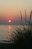 Coucher du soleil de Michigan de lac Photographie stock