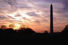Coucher du soleil de monument de Washington Photographie stock