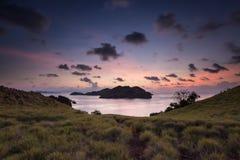 Coucher du soleil de nuit de Komodo Photographie stock