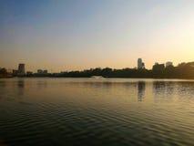 Coucher du soleil de parc public, Bangkok, Thaïlande Image stock