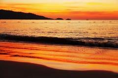 Coucher du soleil de Phuket Image libre de droits