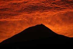 coucher du soleil de pico d'île Images stock