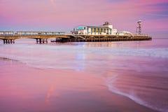 Coucher du soleil de pilier de Bournemouth photos stock