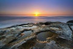 Coucher du soleil de piscine de marée à La Jolla la Californie Image stock