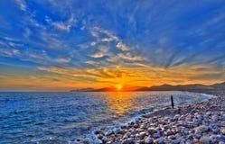 Coucher du soleil de plage de DES Falco de chapeau d'Ibiza es Vedra dans San Jose image libre de droits
