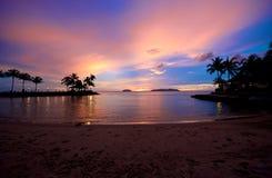 Coucher du soleil de plage en Sabah Malaysia images stock