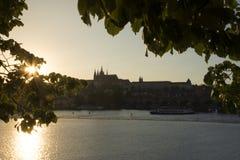 Coucher du soleil de Prague Photo stock