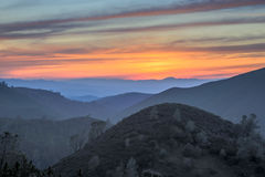 Coucher du soleil de Rolling Hills Mt Diablo State Park, la Californie image libre de droits