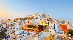 Coucher du soleil de Santorini (Oia) - Grèce Photographie stock libre de droits
