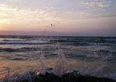 Coucher du soleil de Sea& image stock