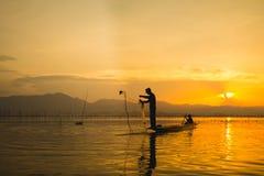 Coucher du soleil de silhouette Photographie stock libre de droits