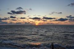 Coucher du soleil de soirée sur la Mer Noire Photos libres de droits
