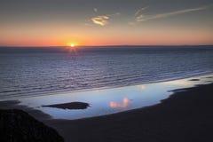 Coucher du soleil 2018 de solstice d'été de Rhossili Photographie stock libre de droits