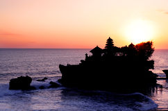 Coucher du soleil de sort de Tanah Photo stock