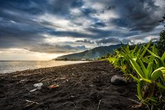 Coucher du soleil de 123 Tahiti Photos stock