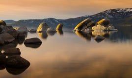 Coucher du soleil de Tahoe de port de sable photo stock