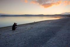 Coucher du soleil de Taupo Photographie stock libre de droits