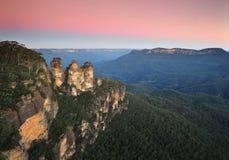Coucher du soleil de trois soeurs, montagnes bleues, NSW, Australie Image libre de droits