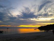 Coucher du soleil de vibraphone d'île en Thaïlande photos stock