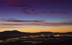 Coucher du soleil de ville de Reno Images libres de droits