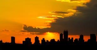 Coucher du soleil de ville de silhouette à Johannesburg Afrique du Sud photographie stock libre de droits