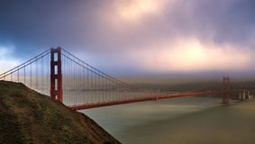 Coucher du soleil doux au Golden Gate Photos libres de droits