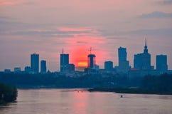 Coucher du soleil du centre de Varsovie Photographie stock