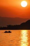Coucher du soleil du Lac Malawi Photos stock
