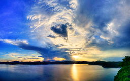 Coucher du soleil dur - Baluzek Photographie stock