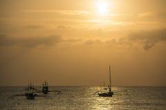 Coucher du soleil en île de Boracay, Philippines Photos stock