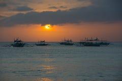 Coucher du soleil en île de Boracay, Philippines Photos libres de droits