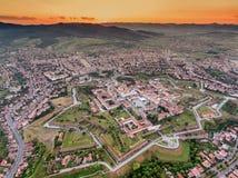 Coucher du soleil en Alba Iulia Romania images stock