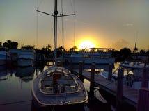 Coucher du soleil en Bahamas, Lucaya gauche image libre de droits