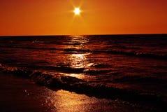 Coucher du soleil en bronze Images libres de droits