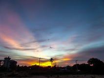 Coucher du soleil en décharge photographie stock libre de droits