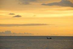 Coucher du soleil en Koh Chang Photographie stock