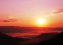 Coucher du soleil en montagne Photo libre de droits