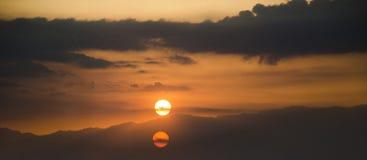 Coucher du soleil en montagne de Helan photos libres de droits