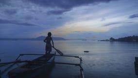 Coucher du soleil en plage Lampung de marina photos libres de droits
