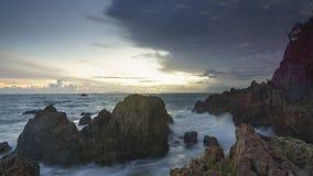 Coucher du soleil en plage Lampung de marina images libres de droits