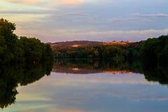 Coucher du soleil en rivière de Mohawk d'Amsterdam NY Images stock