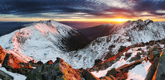 Coucher du soleil en Slovaquie Tatras Image libre de droits