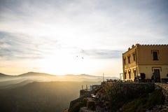 Coucher du soleil et mouettes chez Cap de Creus photos libres de droits
