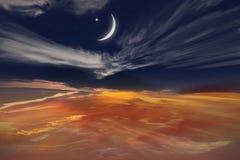 Coucher du soleil et nouvelle lune Photos libres de droits