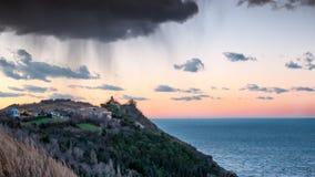 Coucher du soleil et paysage marin Photo stock