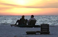 Coucher du soleil et retraite Photo stock