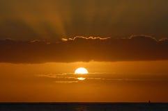 Coucher du soleil hawaïen Photographie stock libre de droits