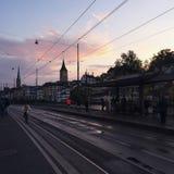 Coucher du soleil historique Zurich de ville Images libres de droits