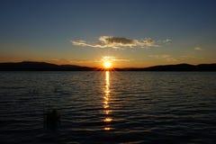 Coucher du soleil, lac Lipno, Tchèque Republick Photo libre de droits