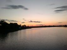 Coucher du soleil Lac soirée Images stock